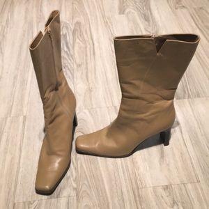Vaneli leather boots
